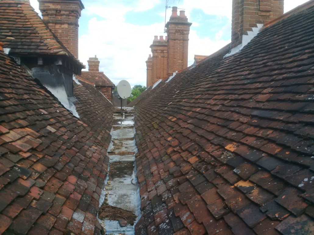 Replacement Tiled Roof In Walton On Thames Surrey Kt12 C